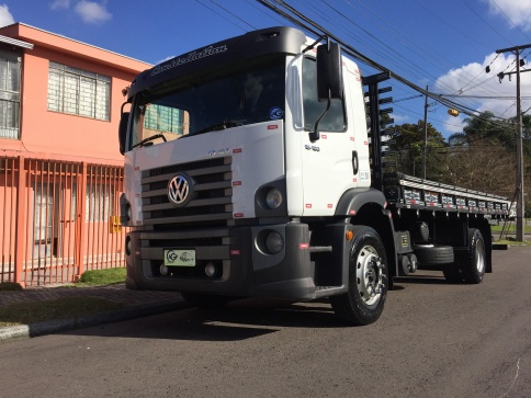 VOLKSWAGEN 15.180 TB-IC(E)4X2(Constell.)
