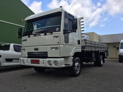 FORD CARGO 712-T 4X2 2P