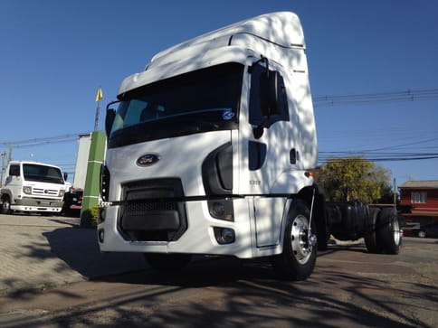 FORD CARGO 1317-T 4X2 2P