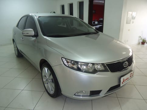 KIA CERATO SEDAN SX-MT 1.6 16V GAS. 4P