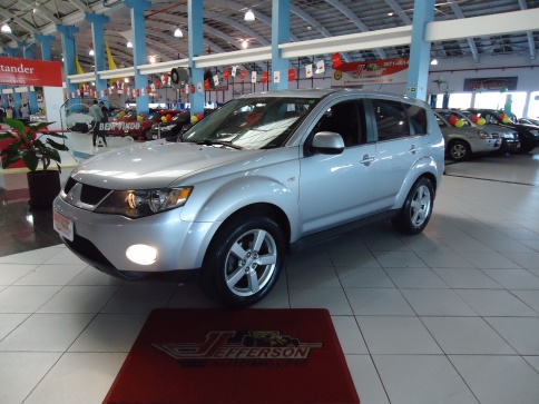 MITSUBISHI OUTLANDER 4X4-AT 2.4 4P