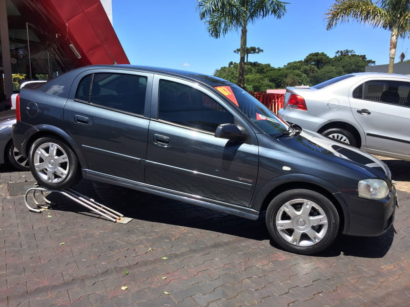 CHEVROLET ASTRA HATCH ADVANTAGE 2.0 8V 4P