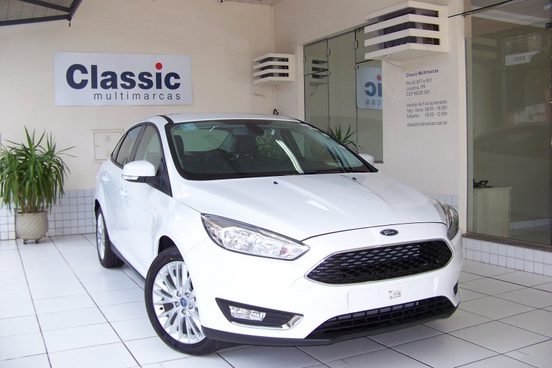 FORD FOCUS FASTBACK SE/SE PLUS 2.0 FLEX AUT