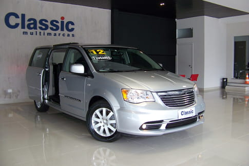 CHRYSLER TOWN & COUNTRY 3.6 V6 AUT