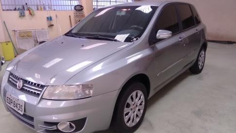 FIAT STILO 1.8 8v(SP)(Flex) 4p