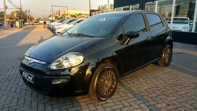 FIAT PUNTO ATTRACTIVE 4P FLEX
